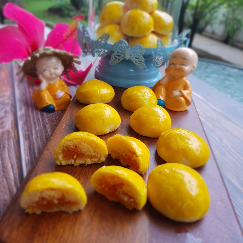 Golden Pineapple tarts/ NASTARNANAS